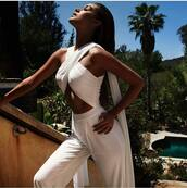 jumpsuit,sommer jumpsuit,white,white jumpsuit,sexy,provocative,sommer,summer,summer jumpsuit,decoltè,sexy jumpsuit,white sexy,high waisted,wrap dress,wrap jumpsuit,front wrap