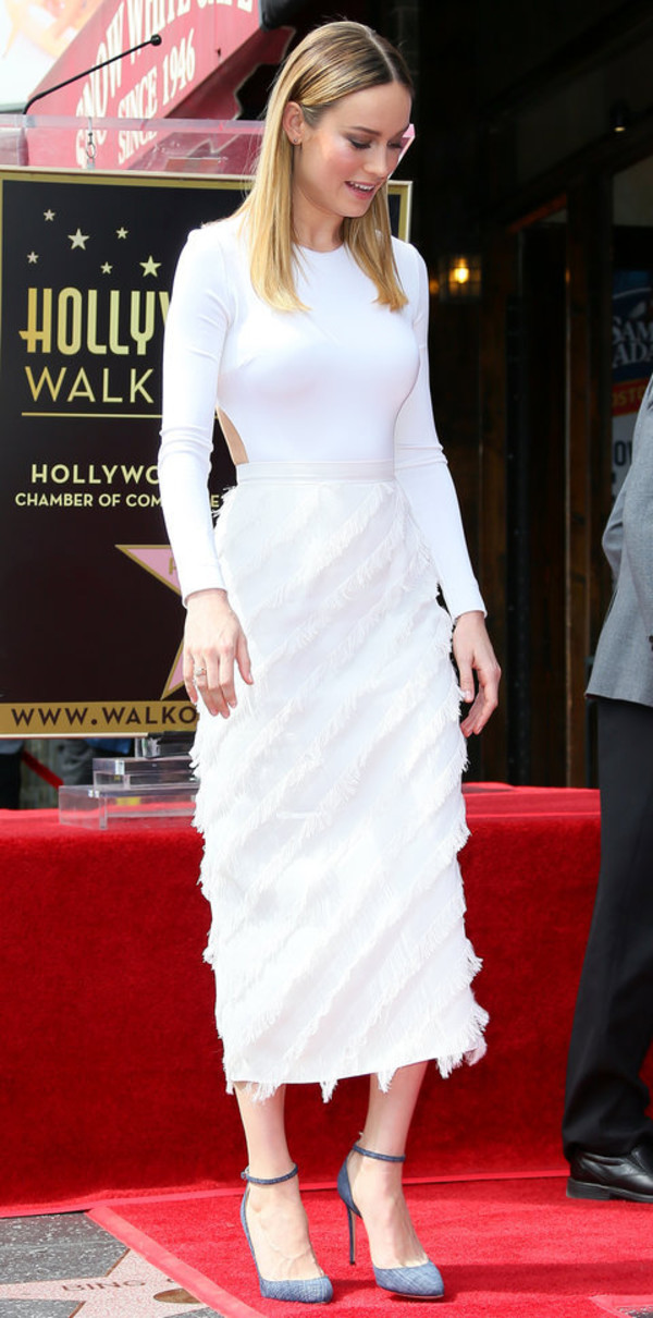 shoes pumps brie larson white midi skirt top