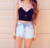 top,crop tops,black crop top,flowers,marguerite,bows,shorts,denim shorts,denim,High waisted shorts,high waisted denim short,summer outfits,summer top,cute