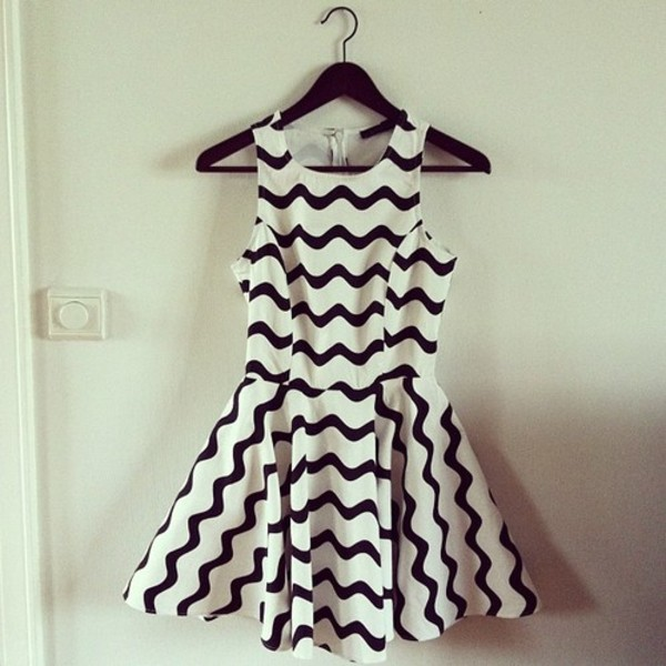 dress black white zig zag black and white dress summer dress skater dress sleeveless cute fashion style chevron dresses