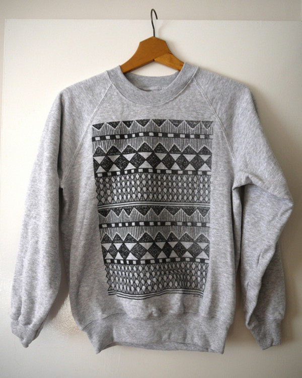 sweater hipster crewneck oversized sweater aztec tribal pattern grey tribal pattern vest hoodie cutesweater pattern crewneck tribal designs tribal sweater winter outfits fall outfits shirt tumblr sweatshirt grey sweater aztec sweater winter sweater black grey bows black bows bow sweater demi unisex logo motif sweatshirt ethnic print absract zentangle sweater gray