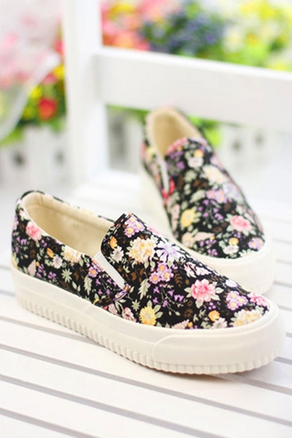 Floral Slip-on Sneakers - OASAP.com
