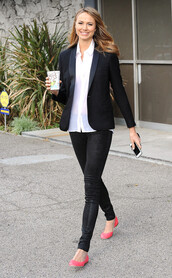 jeans,Celebrity work outfits,work outfits,office outfits,black jeans,stacy keibler,celebrity style,celebrity,shirt,white shirt,blazer,black blazer,ballet flats,flats,pink flats