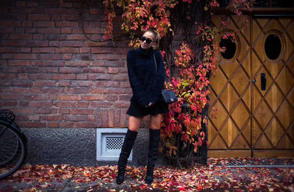 kenza blogger sunglasses bag