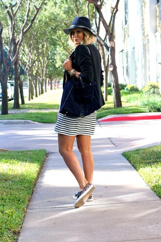 blogger bag vans animal print jewels the courtney kerr jacket fedora