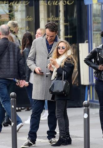 olsen sisters blogger scarf jacket bag jeans shoes