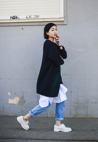 ordinary people blogger jeans oversized sweater oversized minimalist unisex