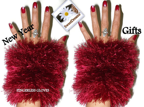 Red knitted wrist warmers,new year's gifts,knit fingerless mittens,women's winter acccessories,girl winter accessories,red fingerless