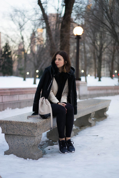 take aim blogger winter coat bucket bag