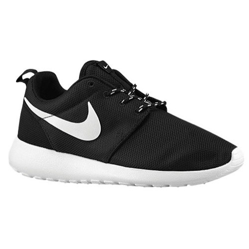 black and white roshe runs women