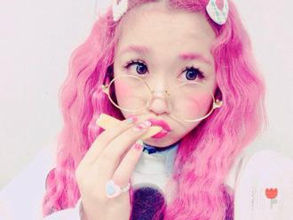 shirt t-shirt kawaii kawaii girl japan japanese fashion pink jewels glasses pastel pink pastel hair ring make-up style lolita sweater collar pink hair