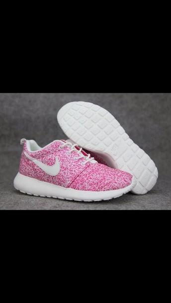 shoes nike roshe runs nikes neon cardigan pink roshe run nike roshe run