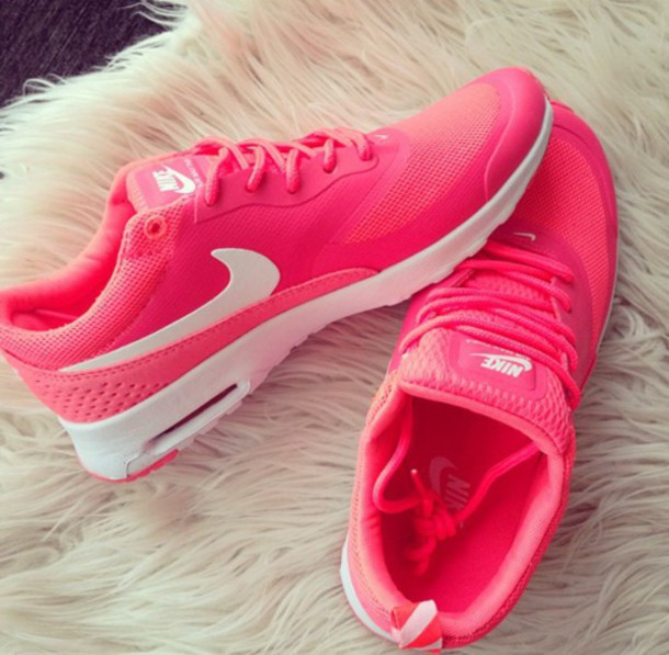 shoes nike air max pink white nike shoes pink shoes running sports shoes nike air nike running shoes nike free run nike running shoes nike shoes for women sneakers pink nike running shoes pink nike