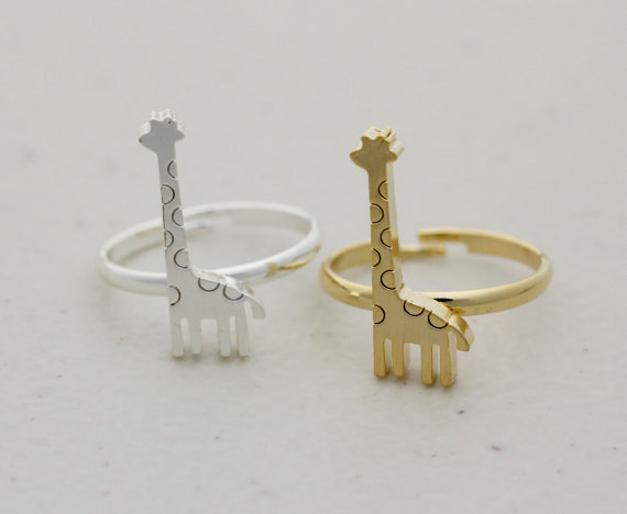 Adjustable cute giraffe ring   available color as by modsthemost