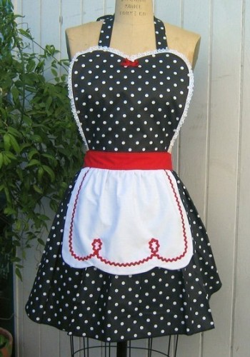 Beautiful Betty Baker 50s Polka dots housewife Dress | ReoRia
