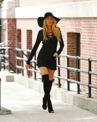 blake lively dress blake lively gossip girl black heels outfit floppy hat peep toe boots