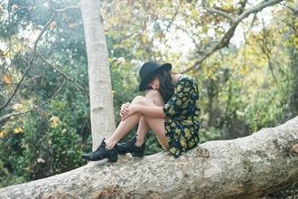 a fashion nerd blogger floral dress cut out ankle boots