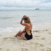 swimwear,summer,beach,black,swimear