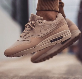 shoes tan trainers tan nike trainers nike running shoes brown nike air air max air max 87 air maxes suede sneakers camel shoes camel nude shoes fall accessories nike sneakers sneakers nike tan sneakers nude nude sneakers nike shoes beige sports shoes nike air max 1