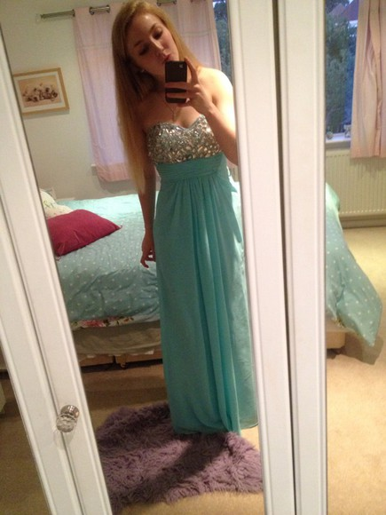 middle dress blue strapless prom jewels summer outfits prom dress pink light blue omg glam glitz chiffon sweetheart neck line cool aqua plain maxi bright blonde