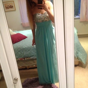 middle pink dress blue summer jewels cool strapless light blue prom dress prom omg glam glitz chiffon sweetheart neck line aqua plain maxi bright blonde hair the middle