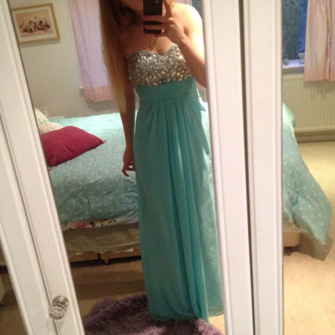 middle pink dress blue summer outfits jewels cool strapless light blue prom prom dress omg glam glitz chiffon sweetheart neck line aqua plain maxi bright blonde the middle