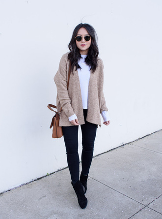the fancy pants report blogger cardigan t-shirt jeans shoes top bag winter outfits ankle boots skinny jeans