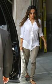 blouse,eva longoria,jeans,shoes,bag
