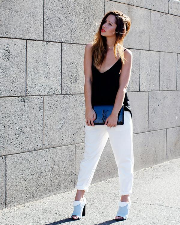 friend in fashion tank top bag shoes pants