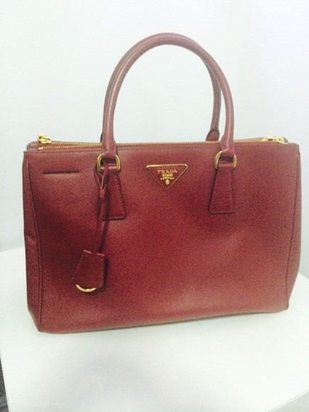 bag prada red