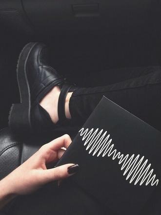 pants black jeans ripped jeans black heels black shoes