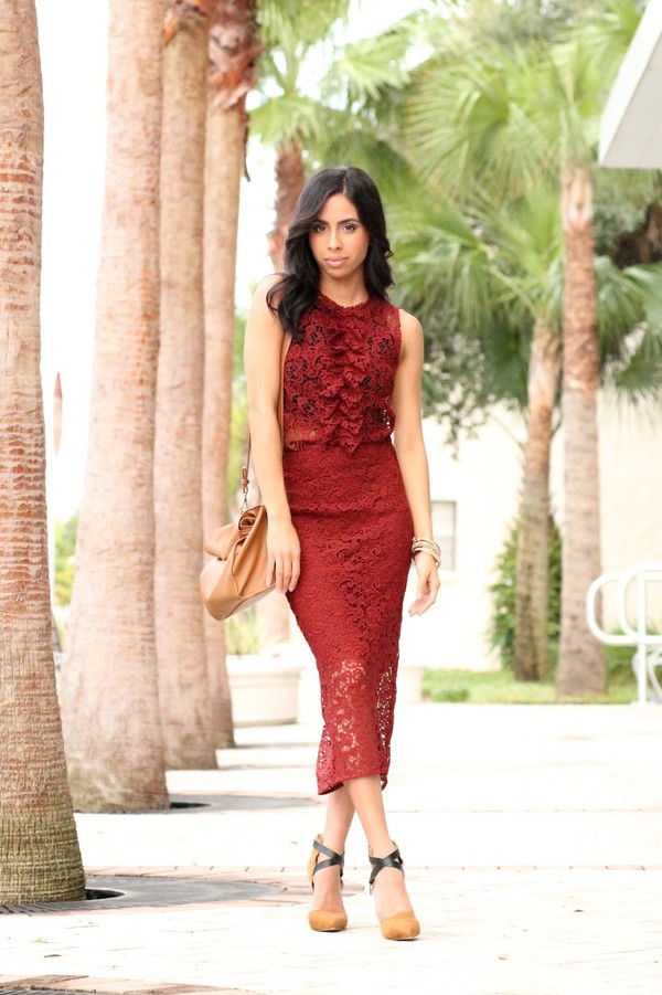kqns style blogger skirt red skirt lace skirt formal event outfit red top wheretoget