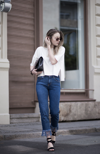 the limits of control blogger fringes mom jeans white top long sleeves round sunglasses black bag black flats