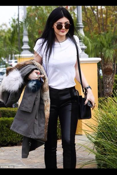 bag kylie jenner sunglasses jacket jeans leggings