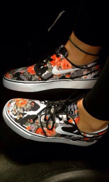 multicolor shoes shoes nike multicolor sneakers multicolor black red grey laces