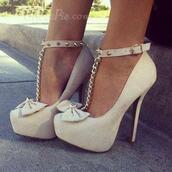 shoes,shoespie,heels,jewelry,boho,bohemian,grunge,vintage,hiptser,cute,summer,sneakers,platform shoes,brown,summer outfits,vogue,chanel,hair,bracelets,gold,tumblr,bow heels,high heels,tumblr outfit