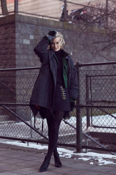 zanita blogger sweater parka winter outfits black skirt jacket coat skirt shoes tights
