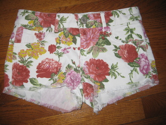 shorts floral shorts floral flowers white shorts summer shorts cut off shorts cut offs