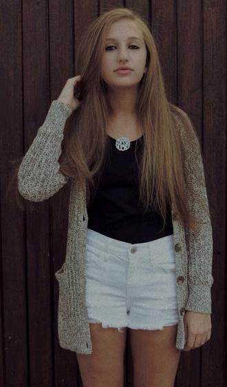 sweater black shirt light wash shorts