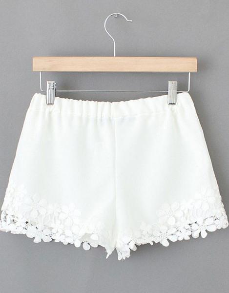 Petalia line shorts
