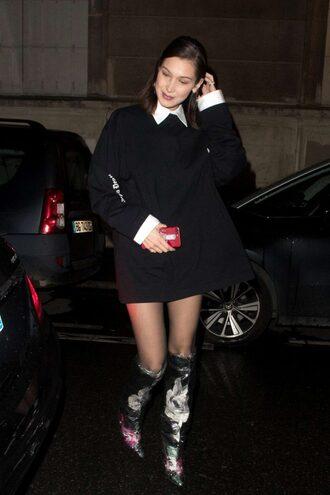 sweater boots bella thorne sweatshirt oversized sweater oversized model off-duty paris fashion week 2018 fashion week fashion week 2018