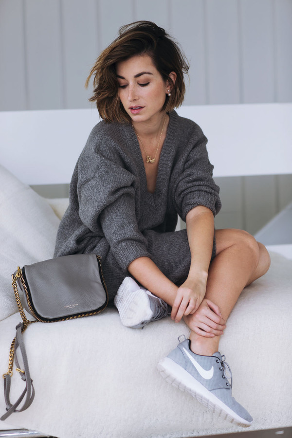 Shoes: the chronicles of her, blogger, bag, sweater dress ...