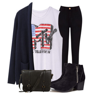 t-shirt sweater bag shoes black ankle boots high waisted jeans oversized cardigan muscle tank pants