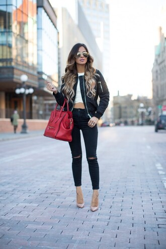 blogger bag sunglasses ripped jeans black jeans white top crop tops red bag nude heels black jacket