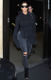 top,long sleeves,kim kardashian,all black everything,jeans,sweatshirt,hoodie,oversized