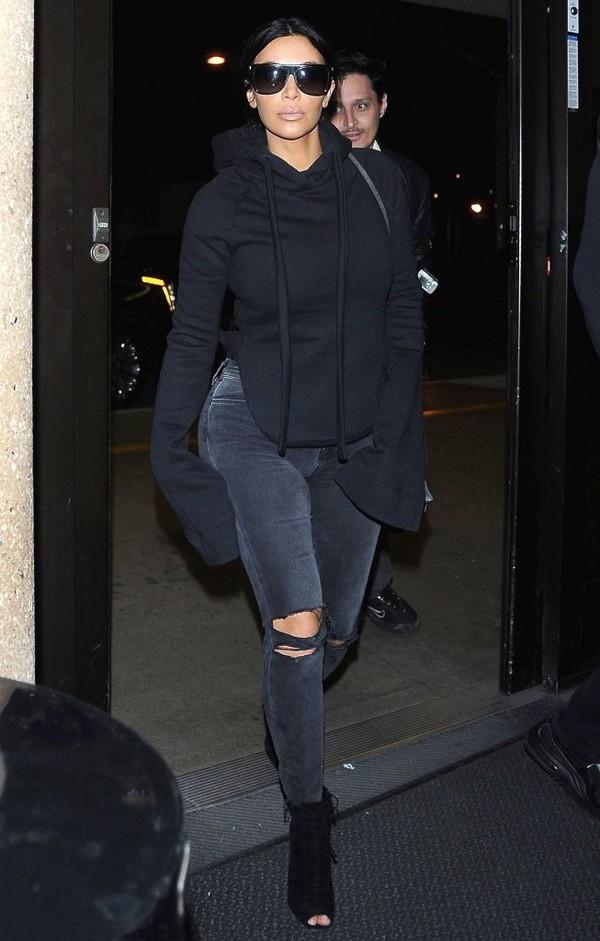 top long sleeves kim kardashian all black everything jeans sweatshirt hoodie oversized
