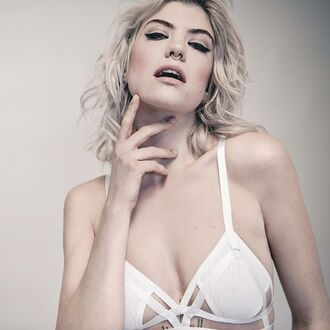 underwear lingerie bra white white lingerie sexy sexy lingerie fashion style outfit top clothes women panties wolf cute summer summer outfits gift ideas girly bralette strappy