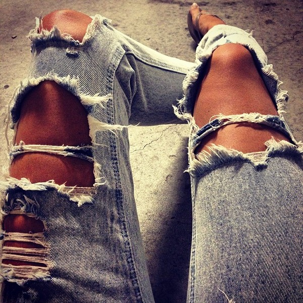 jeans broken hole jeans broken custom made customized custom shorts jeans jeans with a high waist ootd outfit outfit cool girl style cool abercrombie & fitch abercrombie & fitch fashion trendy summer