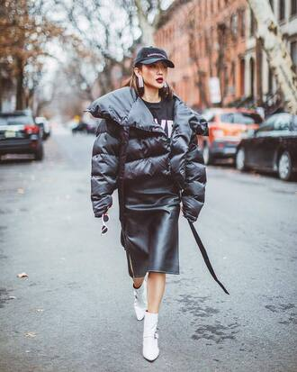 jacket tumblr black jacket puffer jacket skirt midi skirt black skirt leather skirt black leather skirt boots white boots ankle boots cap