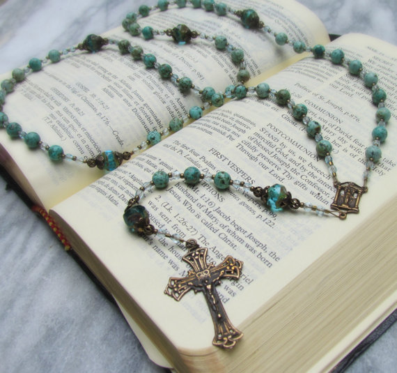 Handmade rosary  beaded african turquoise par gracefulrosaries